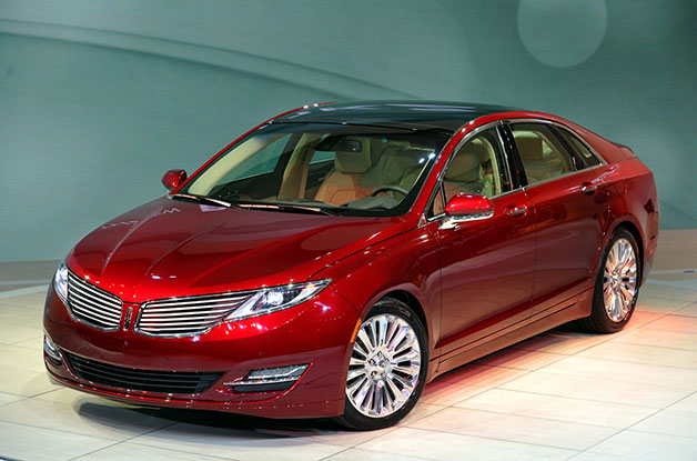 2013 Lincoln MKZ on show stand - front three-quarter view