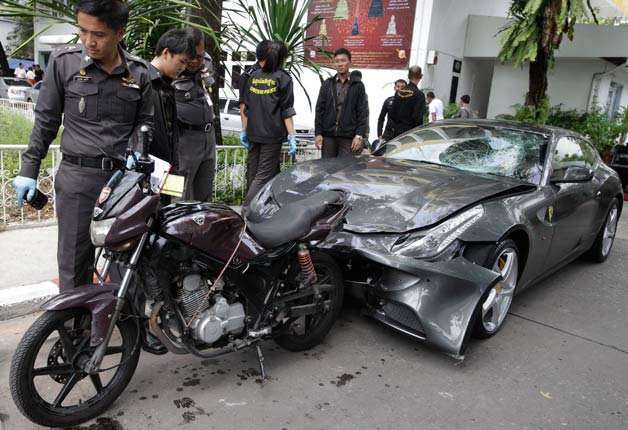 Red Bull heir's damaged Ferrari FF following fatal accident