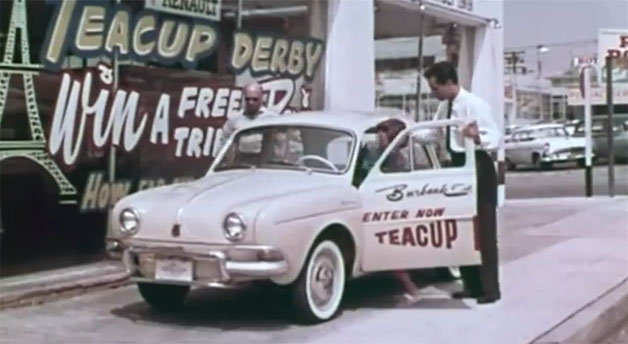 Vintage Renault in front of dealer