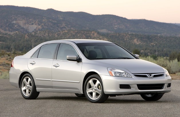 2006 Honda Accord Sedan, front 3/4