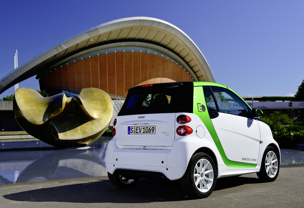 smart fortwo electric drive will be cheapest ev at 25 000 autoblog. Black Bedroom Furniture Sets. Home Design Ideas