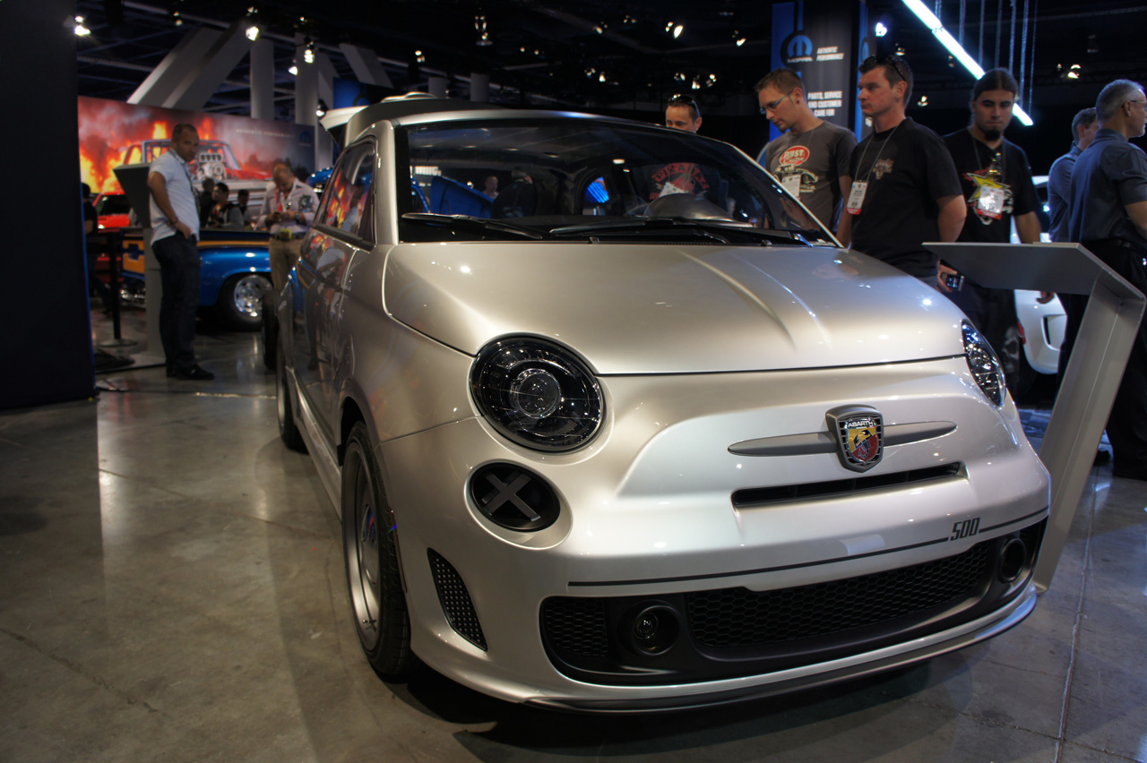 Fiat Brings Caf 233 Racer Beach Cruiser And Magneti Marelli