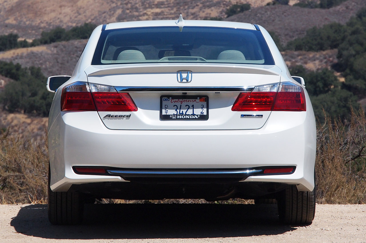 2014 Honda Accord Plug-In Hybrid: First Drive Photos