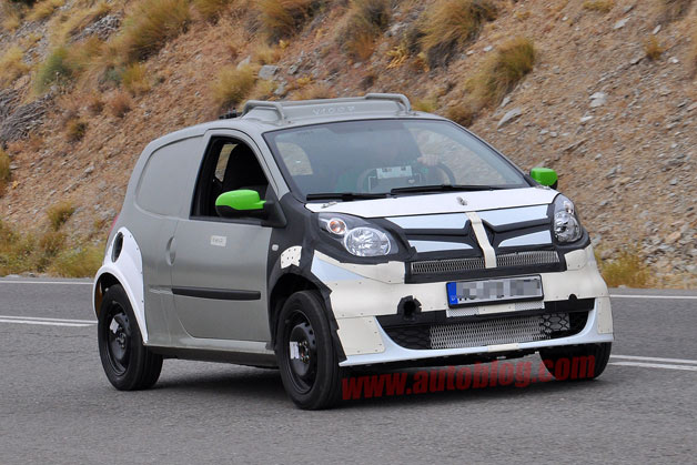 2015 smart forfour caught in early testing
