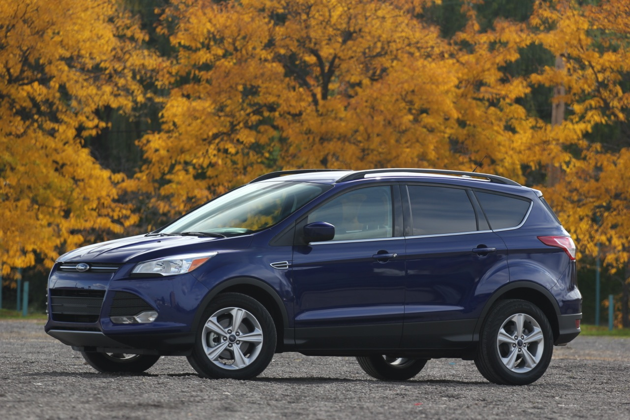 2013 ford escape vs 2013 mazda cx 5 photo gallery autoblog. Black Bedroom Furniture Sets. Home Design Ideas