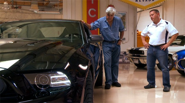 Ford Mustang Boss 302 checks into Jay Leno's Garage