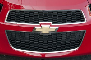 2013 Chevrolet Sonic RS grille
