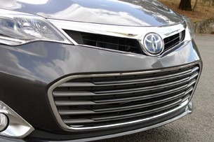 2013 Toyota Avalon grille