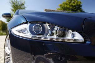 2013 Jaguar XJ V6 headlight