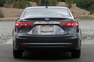 2013 Toyota Avalon rear view