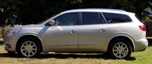 2013 Buick Enclave side view