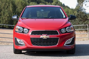 2013 Chevrolet Sonic RS front view
