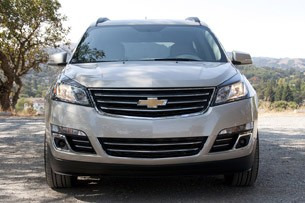 2013 Chevrolet Traverse front view