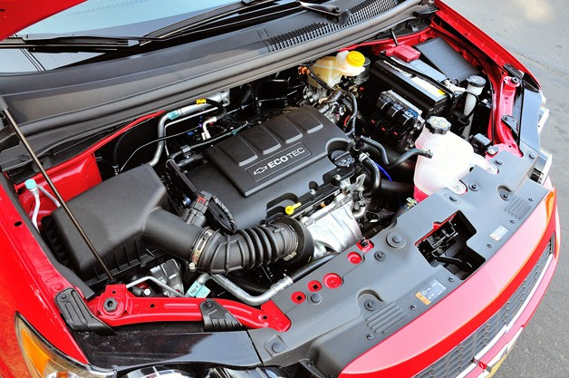 2013 Chevrolet Sonic RS engine