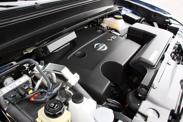 2013 Nissan Pathfinder engine