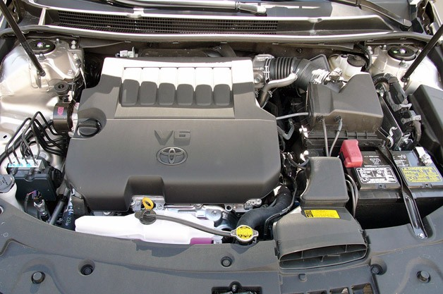 2013 Toyota Avalon engine