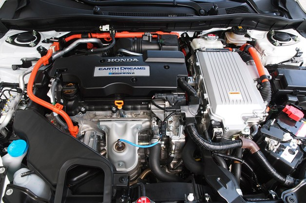 2014 Honda Accord Plug-In Hybrid engine