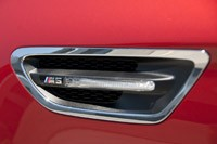2013 BMW M5 6MT side vent