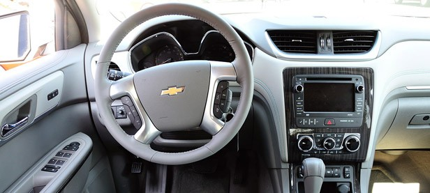 2013 Chevrolet Traverse interior