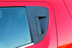 2013 Chevrolet Sonic RS door handle