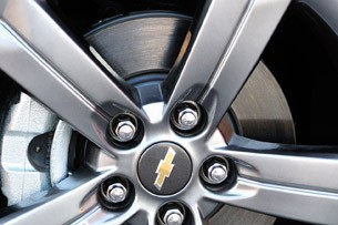 2013 Chevrolet Sonic RS wheel detail
