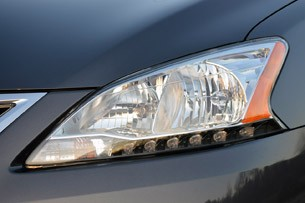 2013 Nissan Sentra headlight