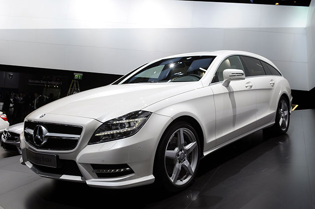 2013 Mercedes-Benz CLS Shooting Brake at 2012 Paris Motor Show in white