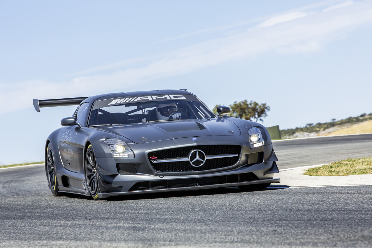 Mercedes launches sls amg gt3 45th anniversary racecar for Mercedes benz sls amg gt3 price