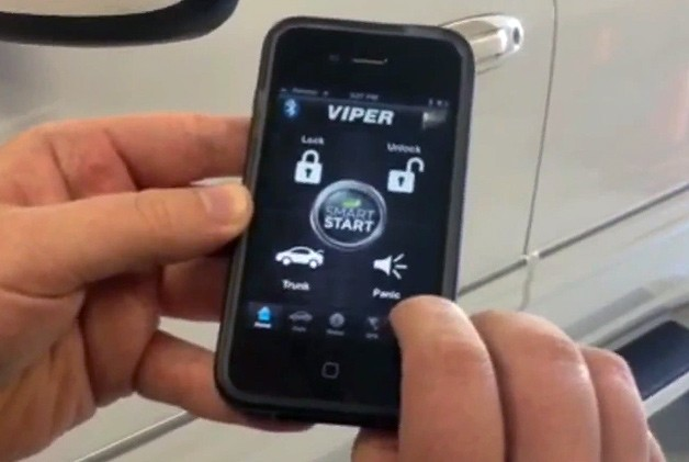 Viper SmartStart app on Apple iPhone 4