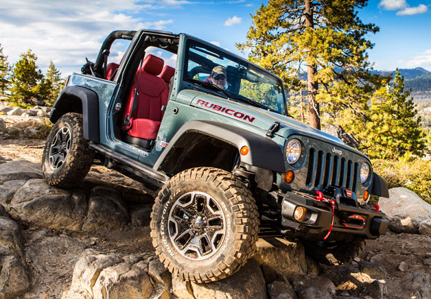 2013 Jeep Wrangler Rubicon 10th Anniversary Edition gets full frontal