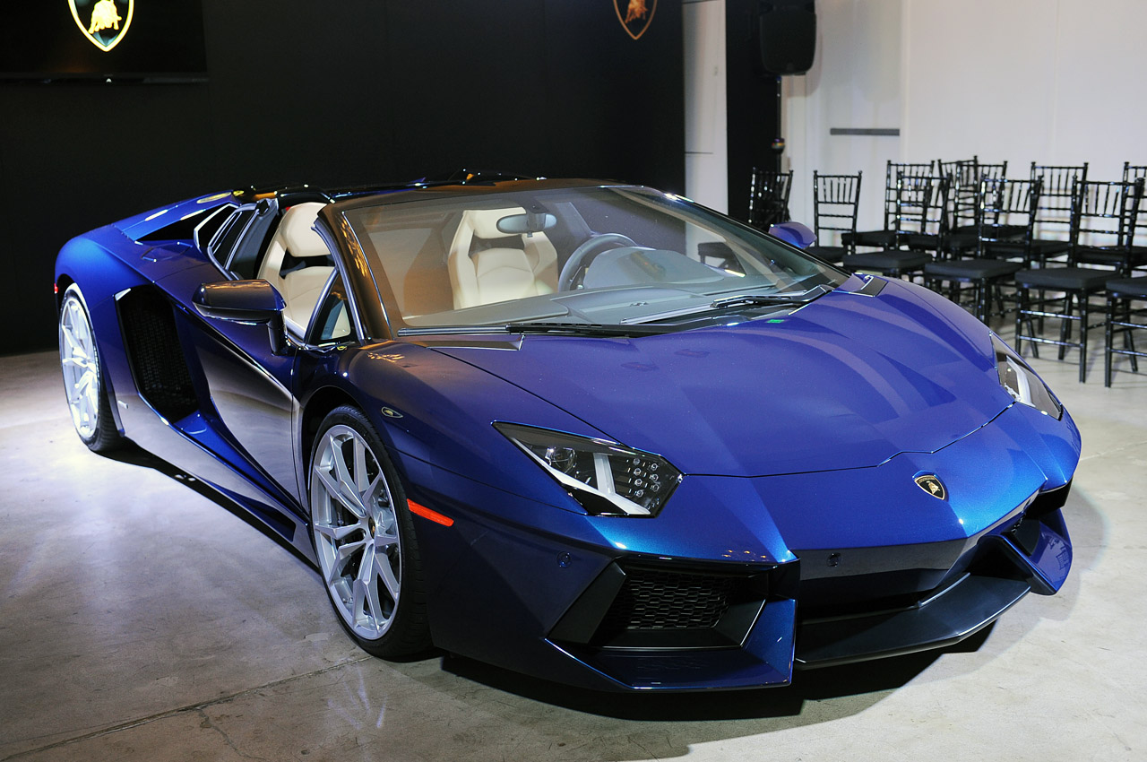 lamborghini aventador lp700 4 roadster 2013 dark cars. Black Bedroom Furniture Sets. Home Design Ideas