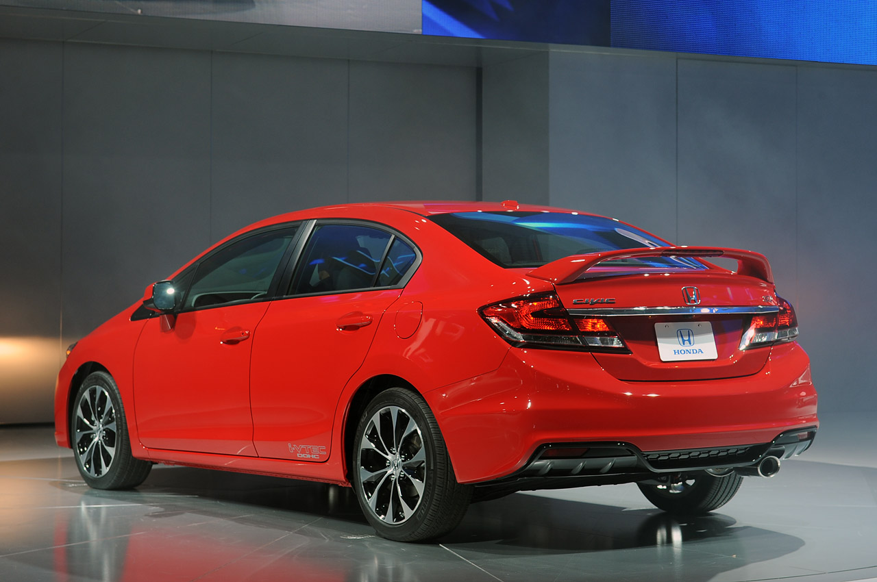 honda debuts the 2013 civic that will fix everything. Black Bedroom Furniture Sets. Home Design Ideas