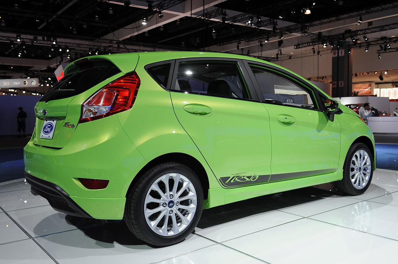 2014 ford fiesta gets fuel economy bump to 41 mpg update. Black Bedroom Furniture Sets. Home Design Ideas