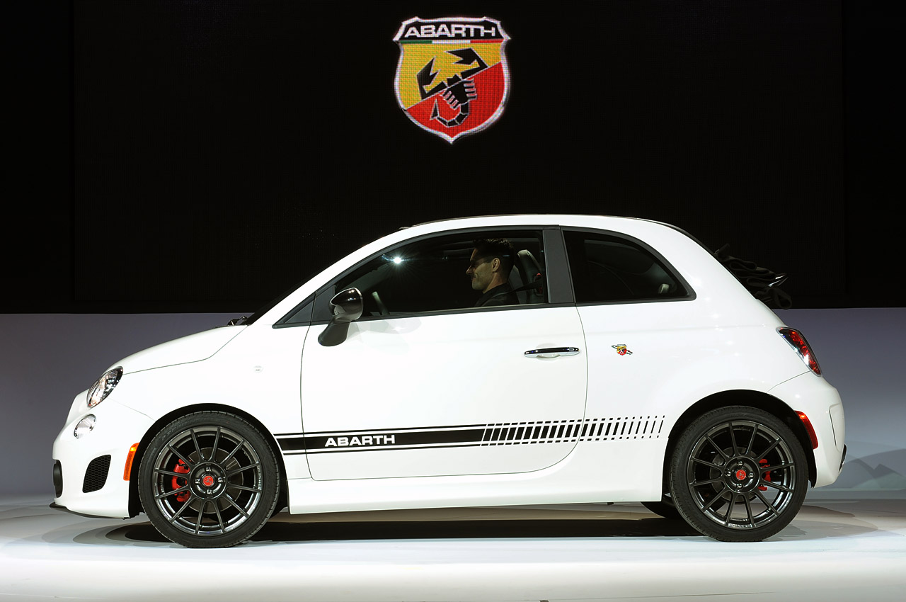 2013 fiat 500c abarth la 2012 photo gallery autoblog. Black Bedroom Furniture Sets. Home Design Ideas