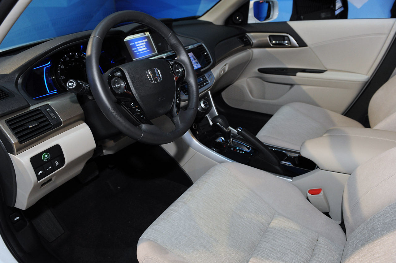 2014 Honda Accord Plug In Hybrid La 2012 Photo Gallery Autoblog