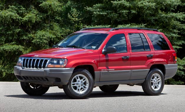 2002 Jeep Grand Cherokee - front three-quarter view, maroon