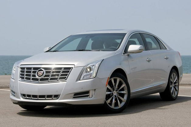 2013 Cadillac XTS sedan - front three-quarter view