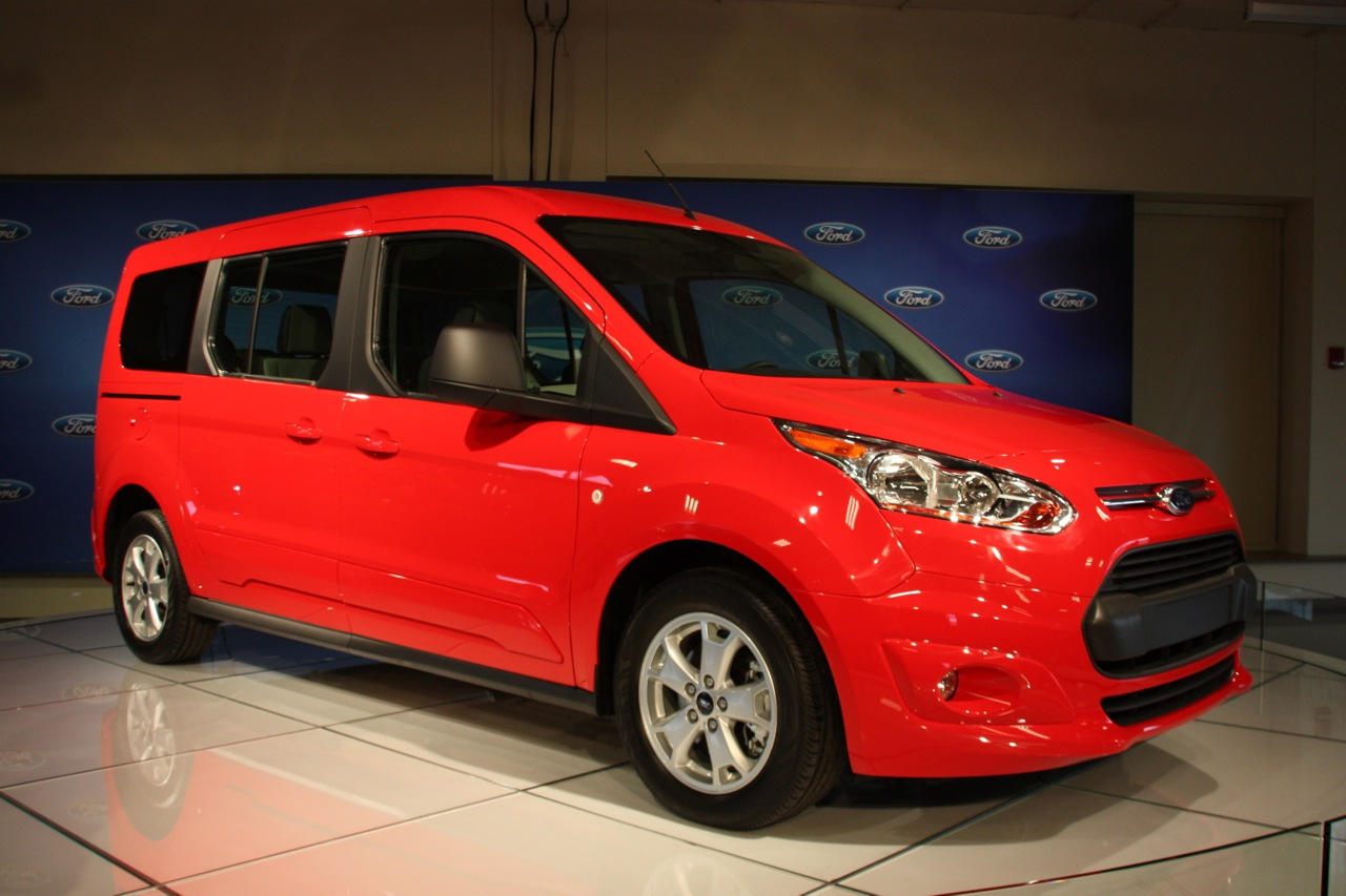 2014 ford transit connect wagon photo gallery autoblog - 2014 Ford Transit Wagon