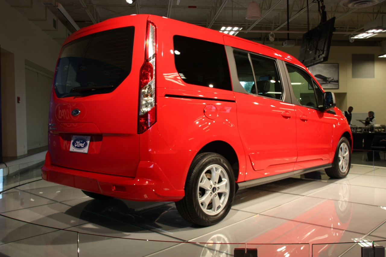 2014 ford transit connect wagon live photo gallery autoblog. Cars Review. Best American Auto & Cars Review