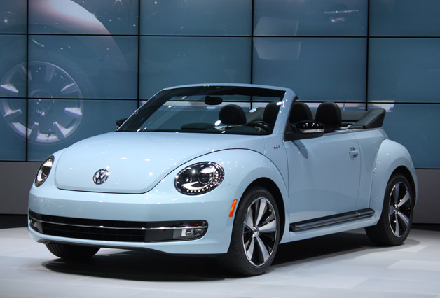 Volkswagen Beetle Convertible 2013 Wallpaper