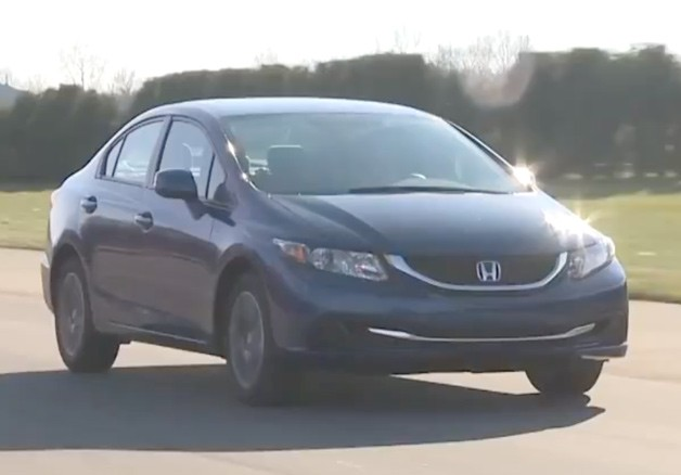 2013 Honda Civic undergoing first testing by Consumer Reports - video screencap