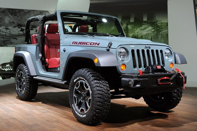 2013 Jeep Wrangler Rubicon 10th Anniversary Edition is a trail-eating