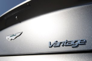 2012 Aston Martin V8 Vantage Roadster badge