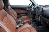 2014 Mini Cooper S Paceman front seats
