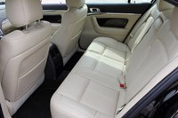 2013 Lincoln MKS EcoBoost rear seats