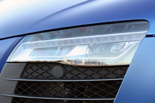 2014 Audi R8 V10 Plus headlight