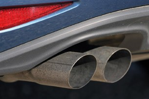 2015 Volkswagen Golf exhaust tips