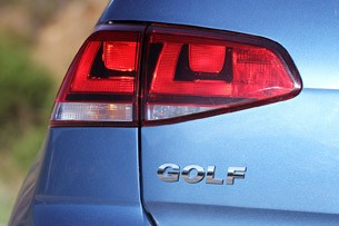 2015 Volkswagen Golf taillight