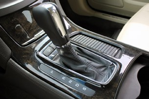 2013 Lincoln MKS EcoBoost shifter