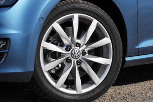 2015 Volkswagen Golf wheel